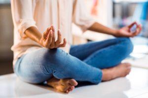 Se ressourcer avec le Surya Yoga